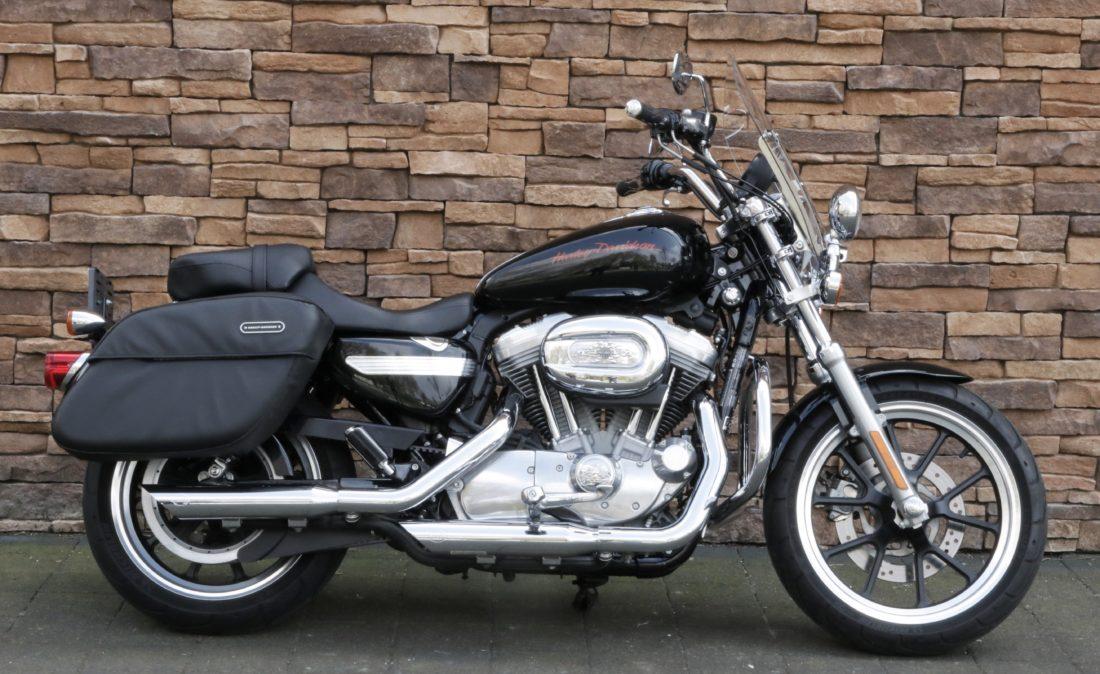 2011 Harley-Davidson XL883L Superlow Sportster R