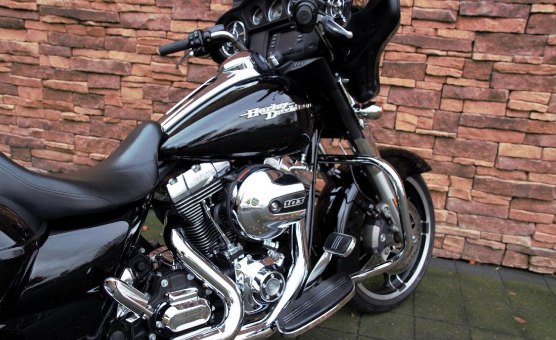 2015 Harley-Davidson FLHX Street Glide Touring Rz