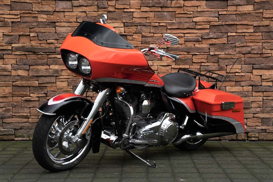 2008 Harley-Davidson FLTRSE Road Glide Screamin Eagle CVO LV