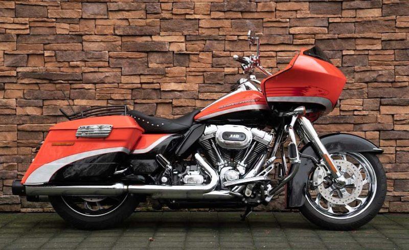 Harley-Davidson FLTRSE Road Glide Screamin Eagle CVO