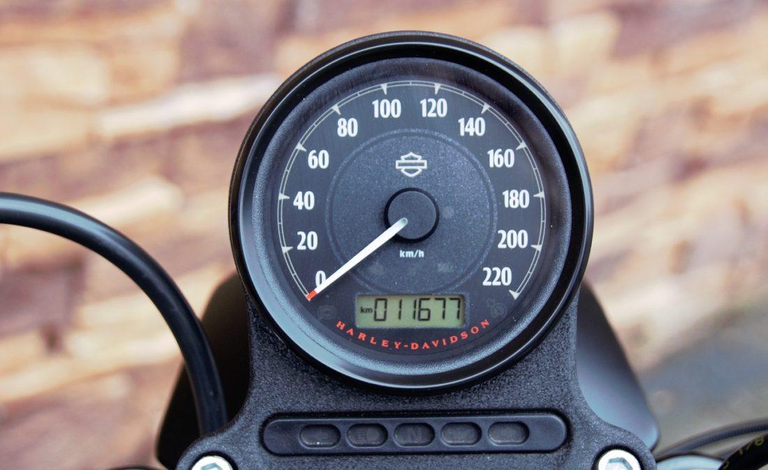 2016 Harley-Davidson Sportster XL883N Iron S