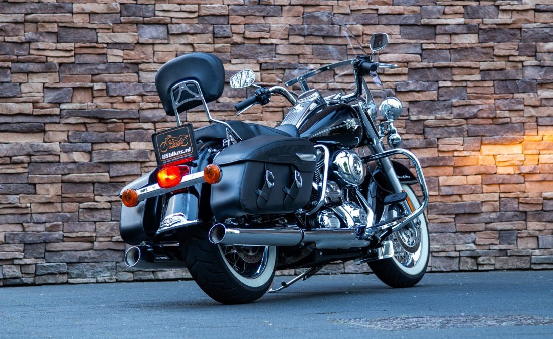 2011 Harley-Davidson FLHRC Road King Classic RAl