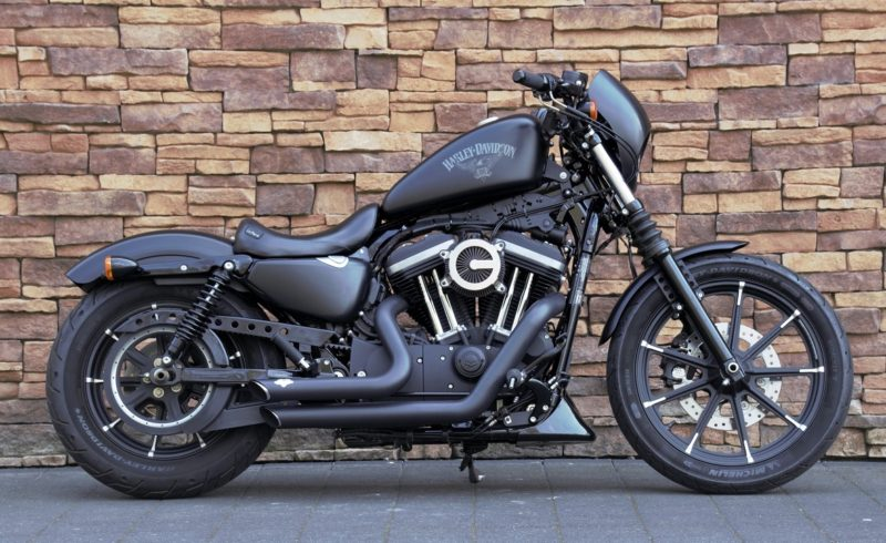2016 Harley-Davidson XL883N Iron Sportster Denim Black Vance & Hines