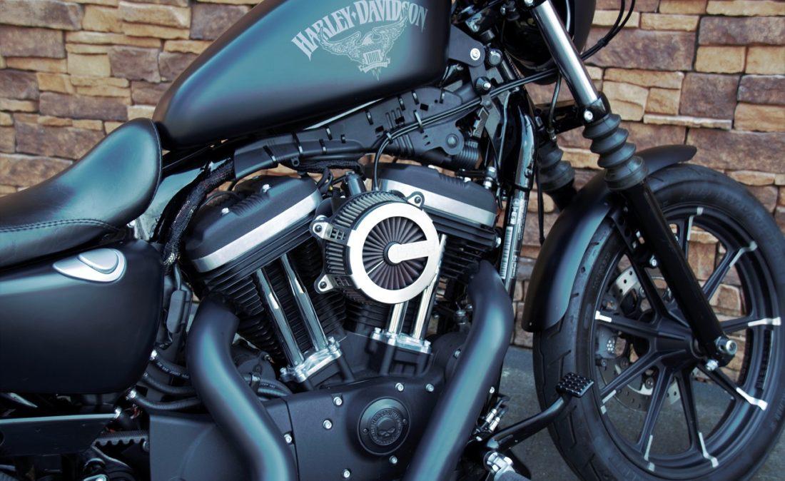 2016 Harley-Davidson XL883N Iron Sportster Rz