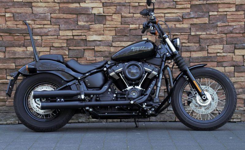 Harley-Davidson FXBB Street Bob Softail Milwaukee-Eight 107