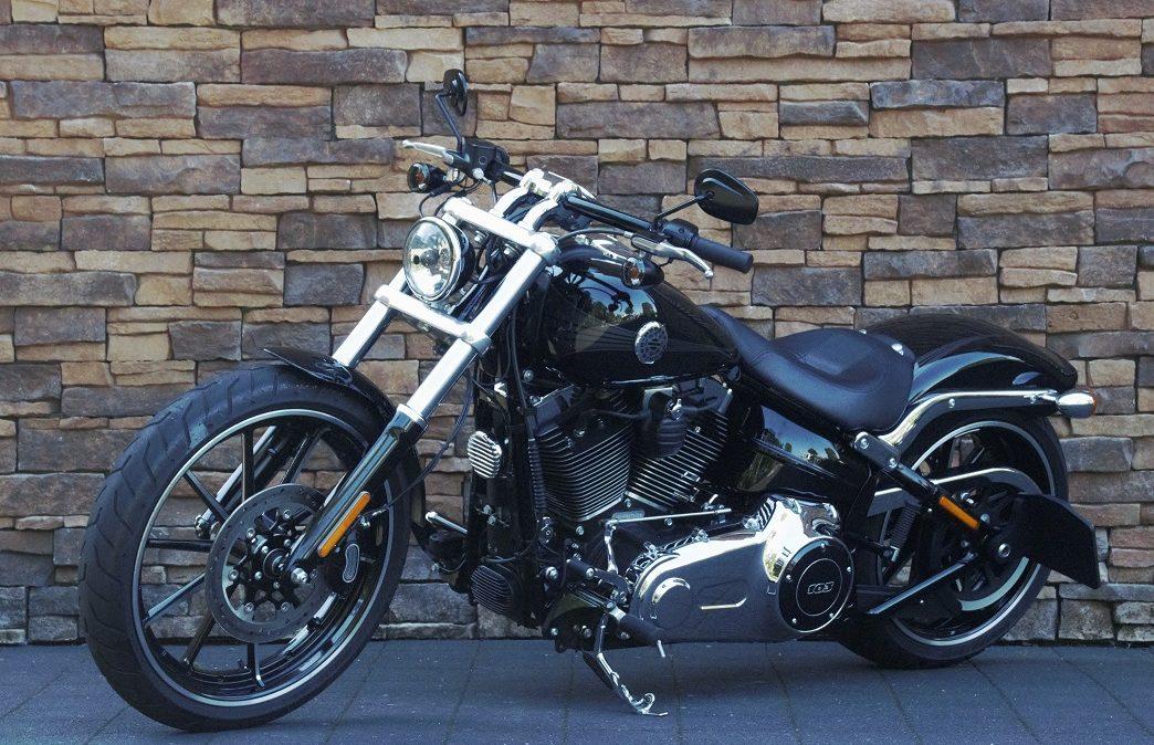 2015 Harley-Davidson Softail FXSB Breakout LV