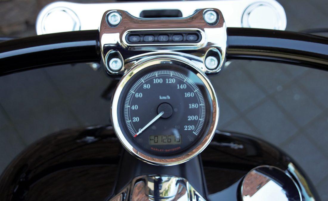 2015 Harley-Davidson Softail FXSB Breakout S