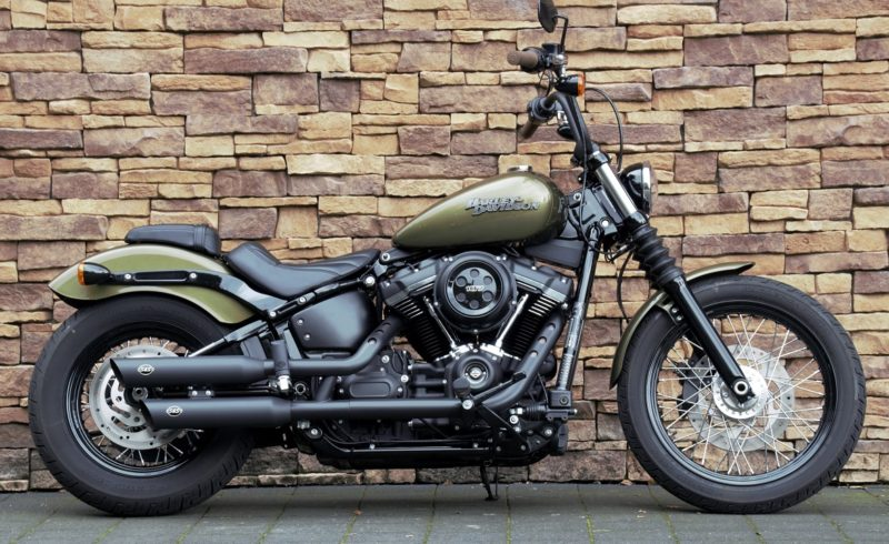 Harley-Davidson FXBB Street Bob Softail Milwaukee-Eight 107