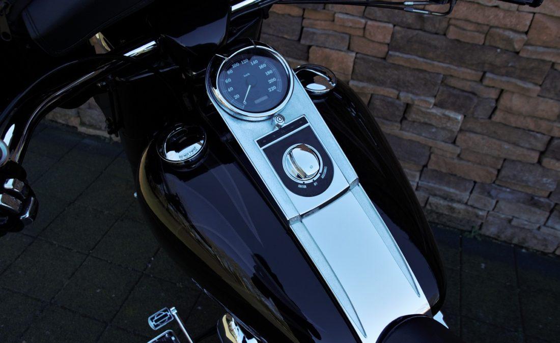 2000 Harley-Davidson FLSTCI Softail Heritage Special PW