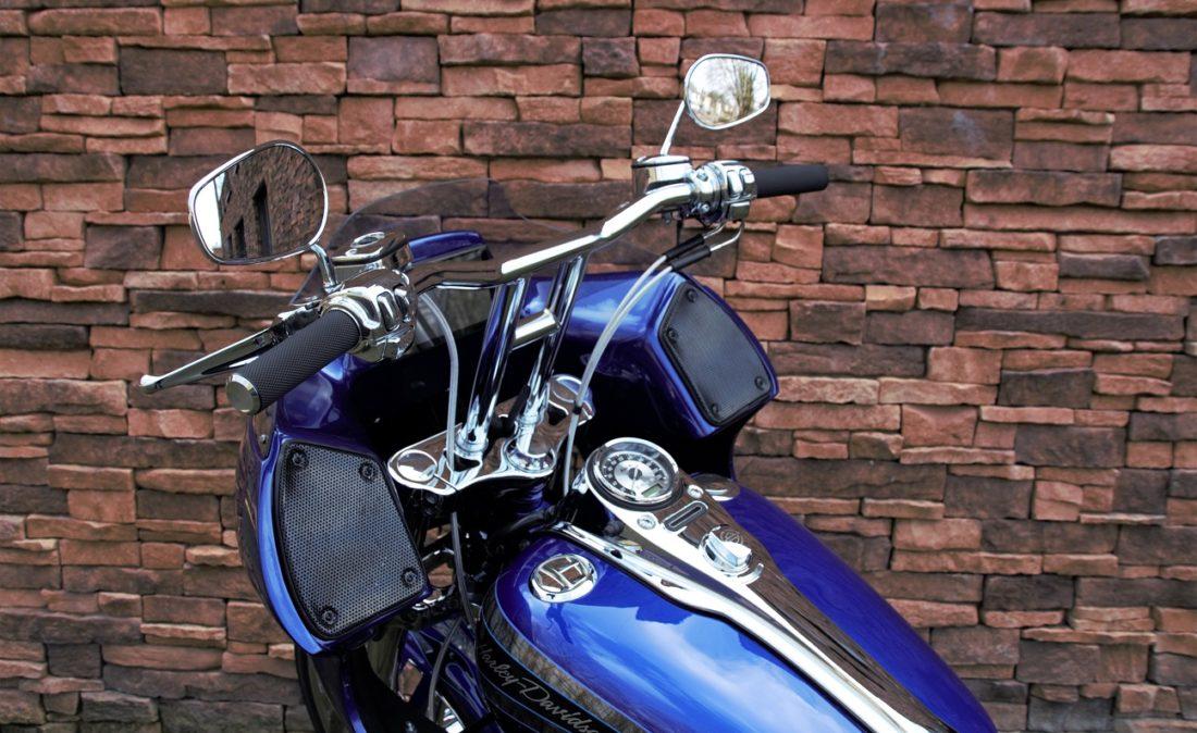 2008 Harley-Davidson FXDSE2 Dyna Screamin Eagle 110 CVO Clubstyle DL