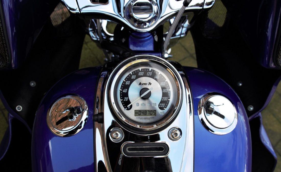 2008 Harley-Davidson FXDSE2 Dyna Screamin Eagle 110 CVO Clubstyle T