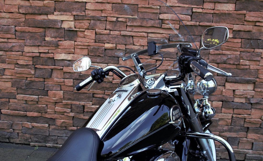 2008 Harley-Davidson FLHRC Road King Classic Touring D