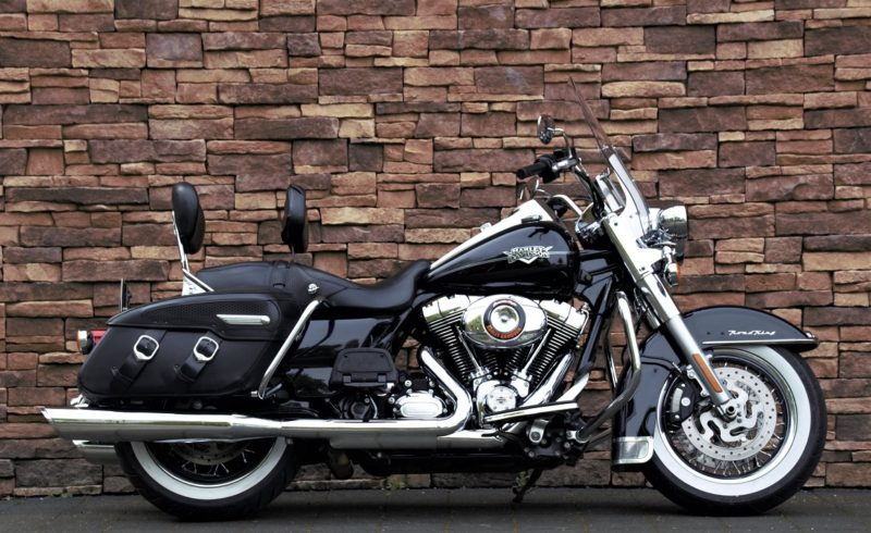 2013 Harley-Davidson FLHRC Road King Classic 103 ABS
