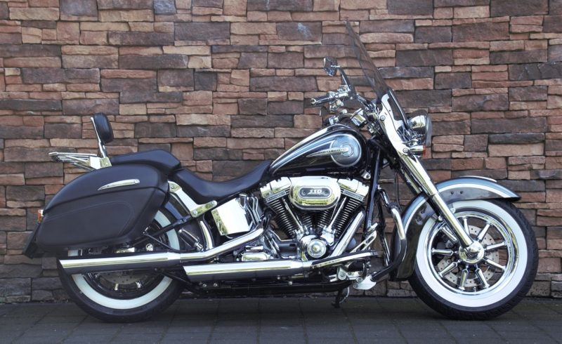 2015 Harley-Davidson FLSTNSE Softail Deluxe Screamin Eagle CVO 110