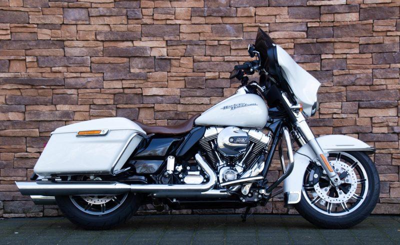 2016 Harley-Davidson FLHTP Police Electra Glide 103