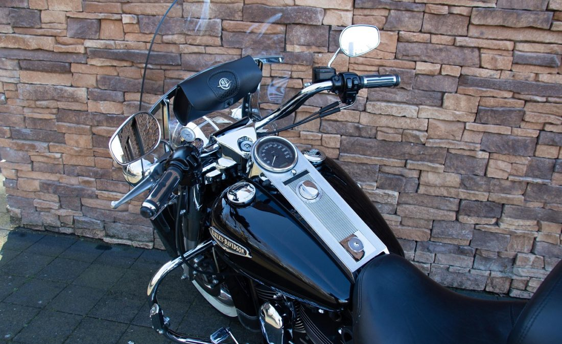 2005 Harley-Davidson FLHRCI Road King Classic Twin Cam LD