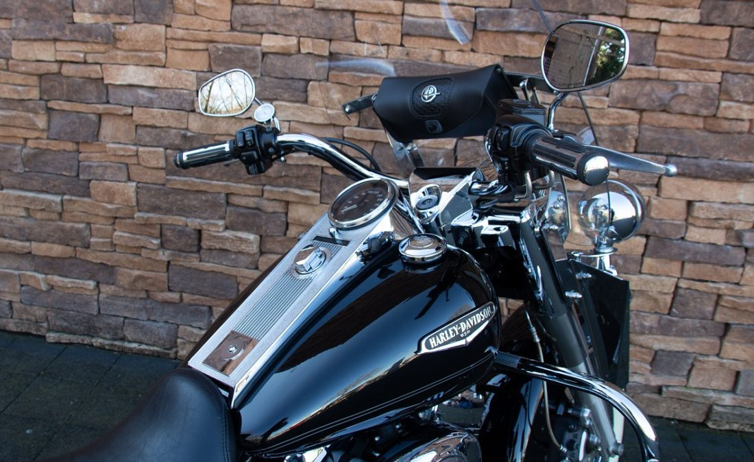 2005 Harley-Davidson FLHRCI Road King Classic Twin Cam RD