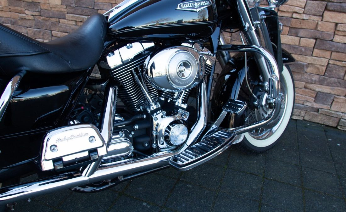 2005 Harley-Davidson FLHRCI Road King Classic Twin Cam RE