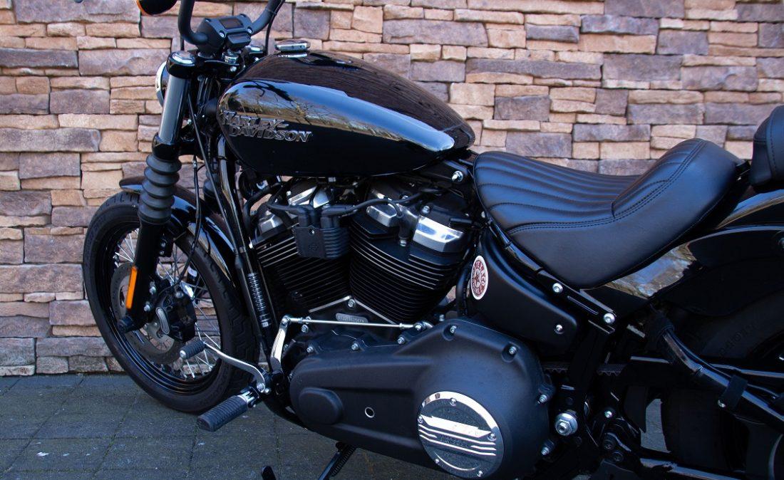 2019 Harley-Davidson FXBB Softail Street Bob 107 Jekyll Hyde LE
