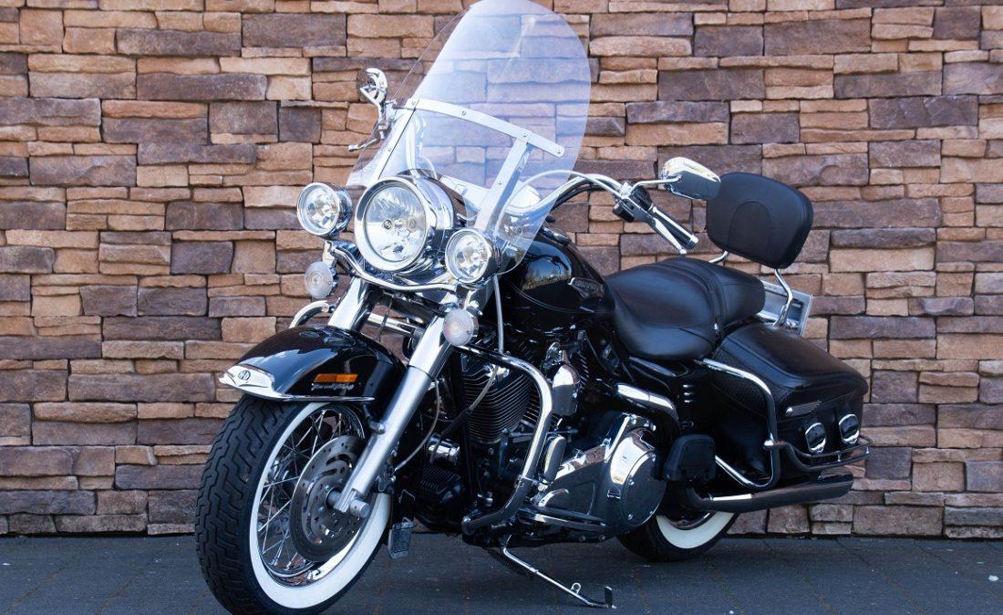 2007 Harley-Davidson FLHRC Road King Classic LV