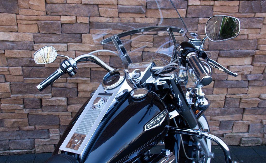 2007 Harley-Davidson FLHRC Road King Classic RD