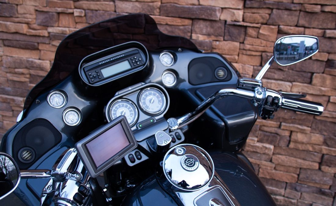 2011 Harley-Davidson FLTRUSE Road Glide Ultra CVO 110 LD