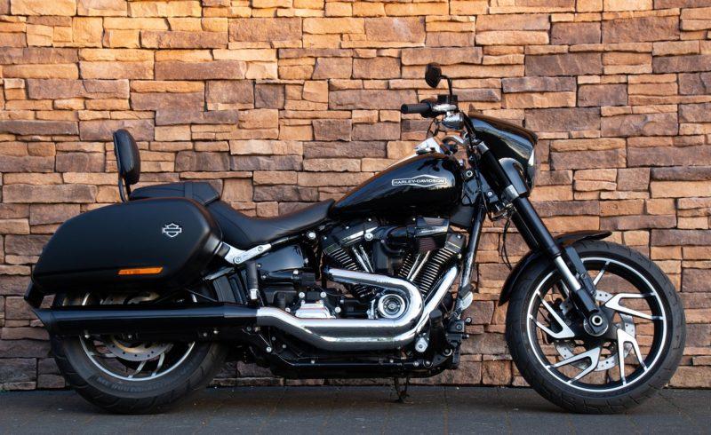 2018 Harley-Davidson FLSB Sport Glide 107 Softail M8