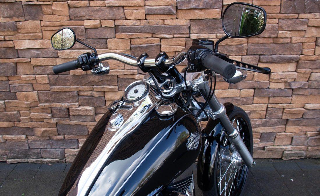 2010 Harley-Davidson FXDWG Dyna Wide Glide RD1