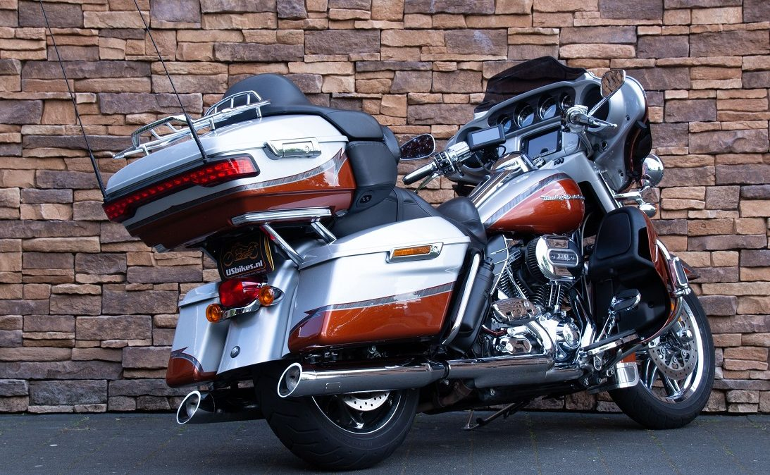 2014 Harley-Davidson FLHTKSE CVO Ultra Limited 110 RA