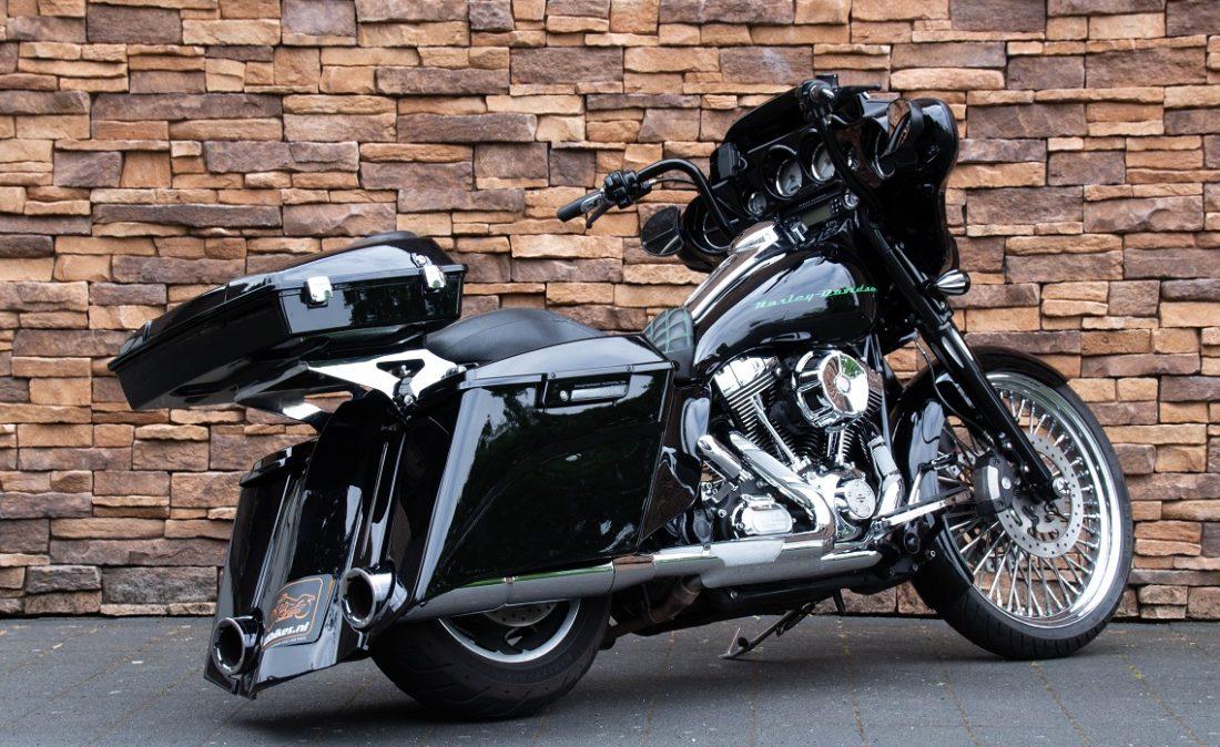 2011 Harley-Davidson FLHX Street Glide Bagger Touring 103 RA