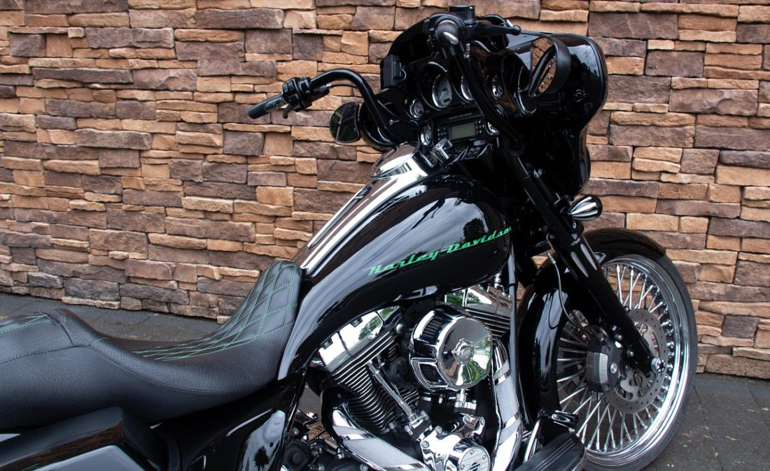 2011 Harley-Davidson FLHX Street Glide Bagger Touring 103 RD