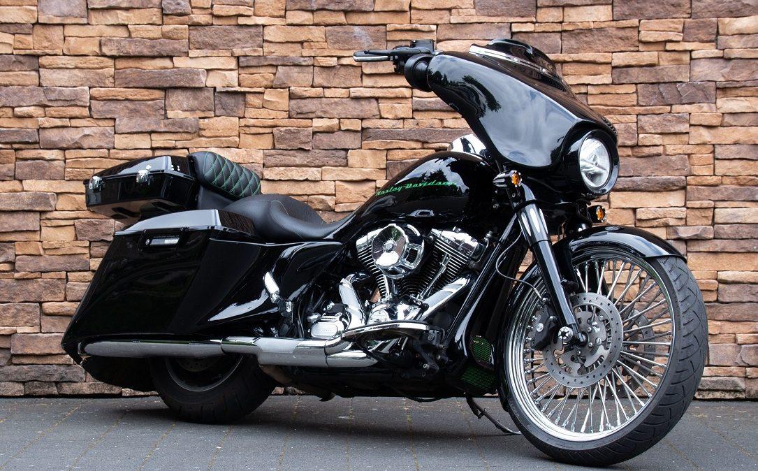 2011 Harley-Davidson FLHX Street Glide Bagger Touring 103 RV