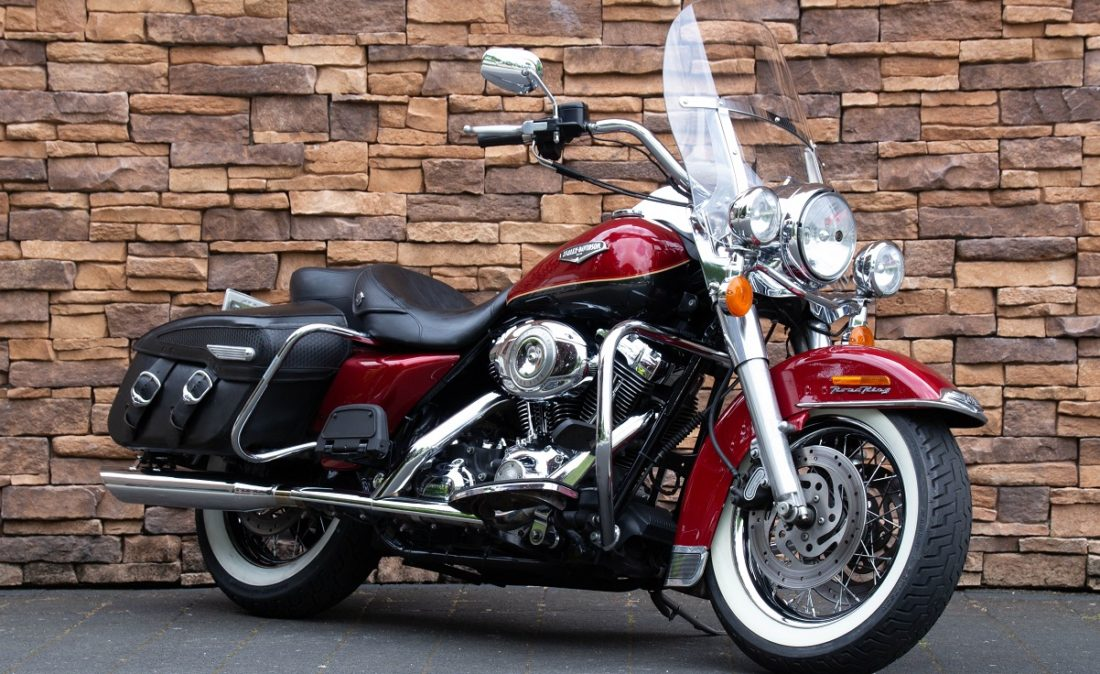 MY2007 Harley-Davidson FLHRC Road King Classic Touring RV