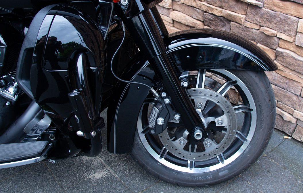 2017 Harley-Davidson FLTRU Road Glide Ultra 107 M8 RFW