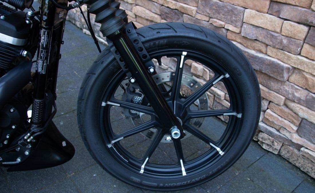 2017 Harley-Davidson XL883N Iron Sportster 883 RFW