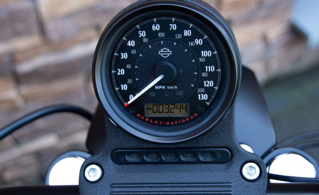 2017 Harley-Davidson XL883N Iron Sportster 883 T