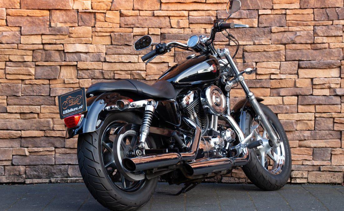2011 Harley-Davidson XL1200C Sportster 1200 Custom RA